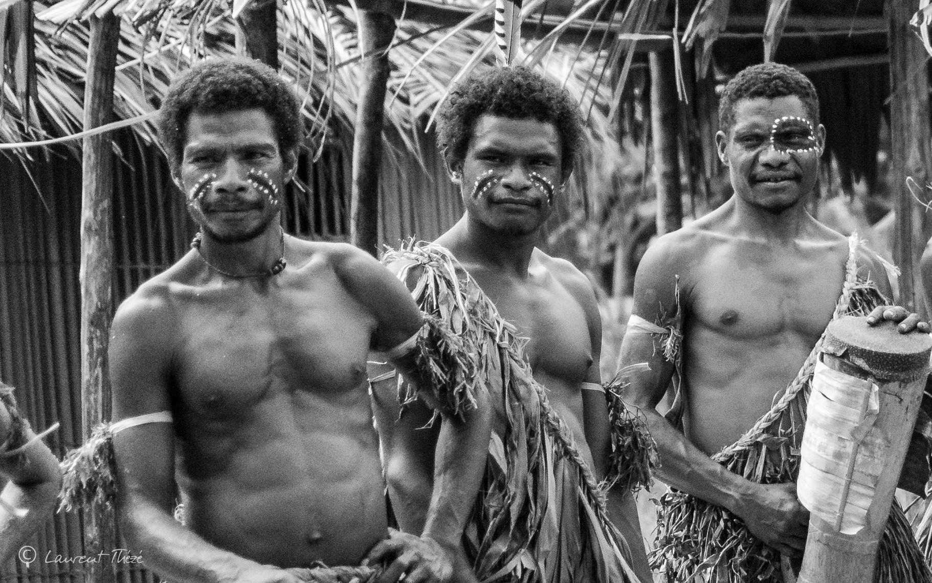 La guerre oubliée des Papous