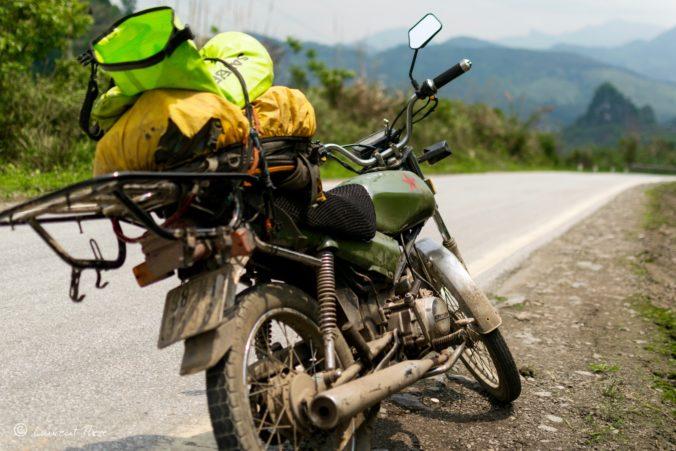 Route vers Na Meo et le Laos